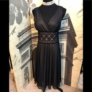 Beautiful dress by Connected size 10